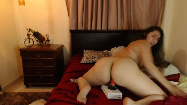 Amelie Luv Private Webcam Show