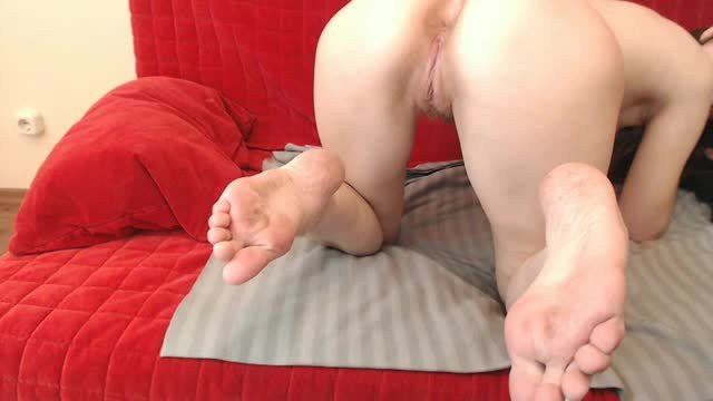Hairy Pussy Ass Ckose to Cam Barefeet