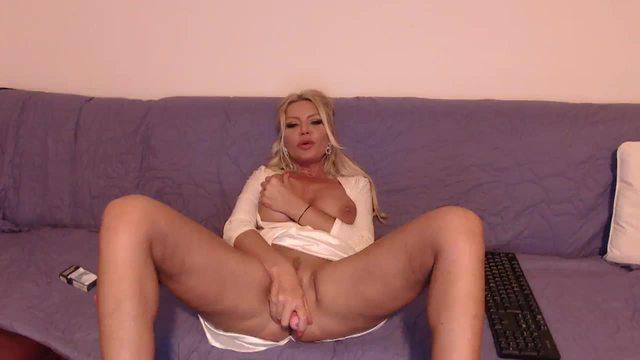 Mya Kane Private Webcam Show