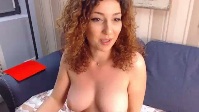 Foxy Anne Redhead Webcam Show with Strip