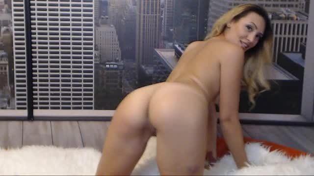 Sasha Elite City-view Striptease