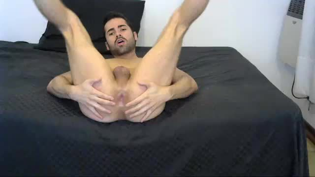 Hot Body and Ass Latino Model Jerk and Bed Fuck Webcam Show