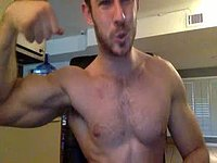 American College Guy Webcam Shows Off His Body