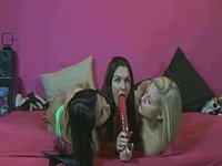 Horny Lesbians Ready to Fuck Eachother