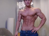 Yannis Paluan Naked Flexing Webcam Show