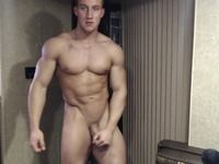Sculpted beefcake shows off his immaculate body