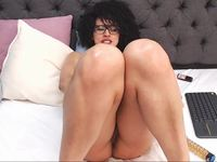 hi guys today I'm really horny, we play with my pussy, squirt, anal, DP - Part 3